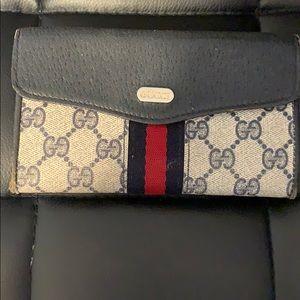 Gucci vintage wallet